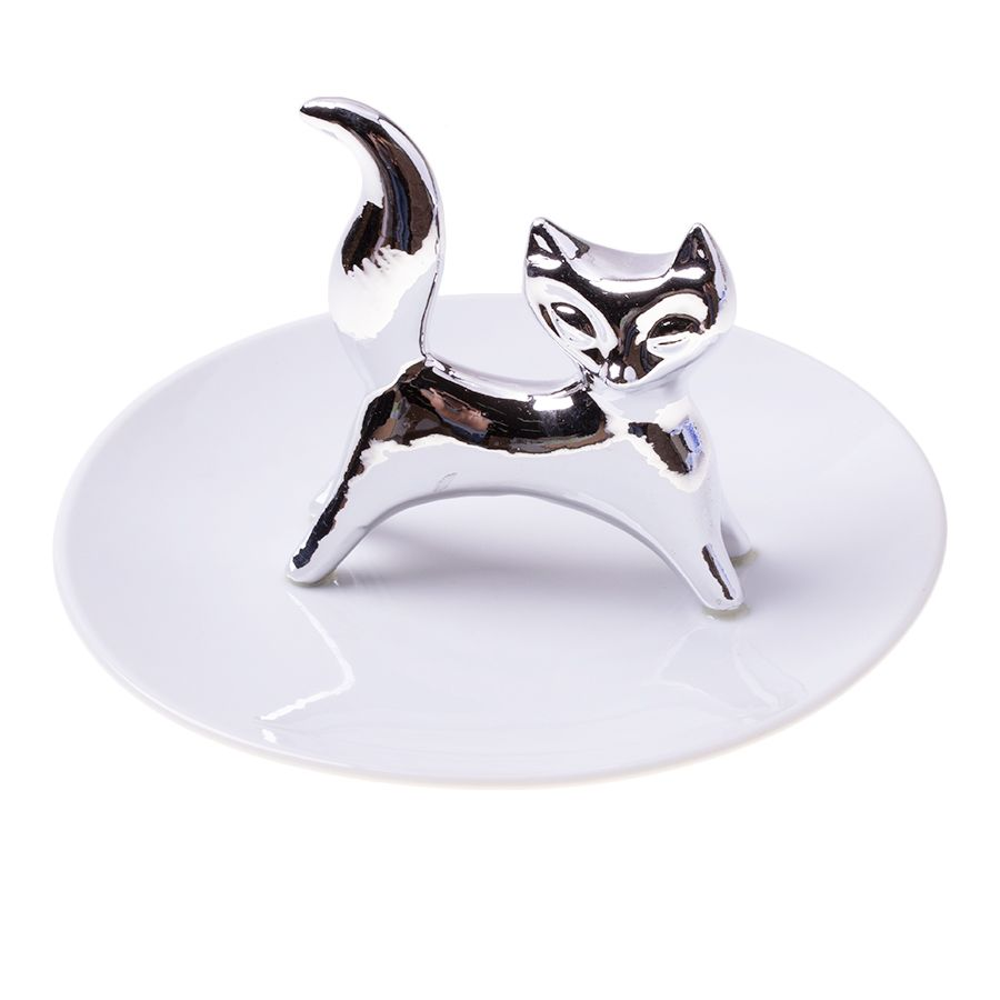 A plate for jewelry - a cat