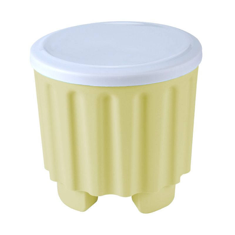 A box for stool-shaped toys - green